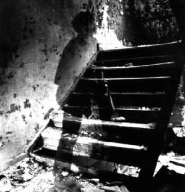 Le più inquietanti foto di fantasmi che abbiate mai visto (FOTO)