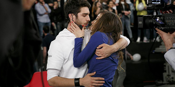 """Amici 14, il bacio """"d'addio"""" tra Cristian e Virginia (FOTO)"""