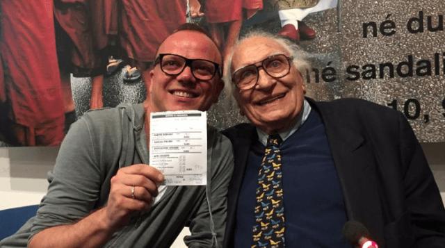 Gigi d 39 alessio da pannella si iscrive al partito radicale for Diretta radio radicale