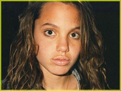 Angelina_Jolie_giovane