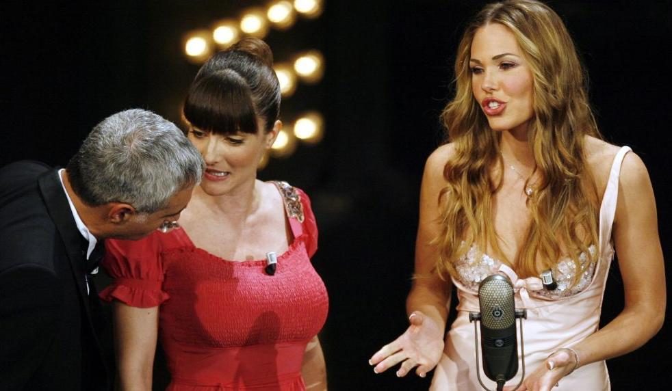 Sanremo: i 10 momenti più imbarazzanti di sempre (VIDEO e FOTO)
