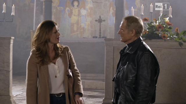 Terence Hill e Vanessa Incontrada nell'episodio di 'Don Matteo' del 14 aprile