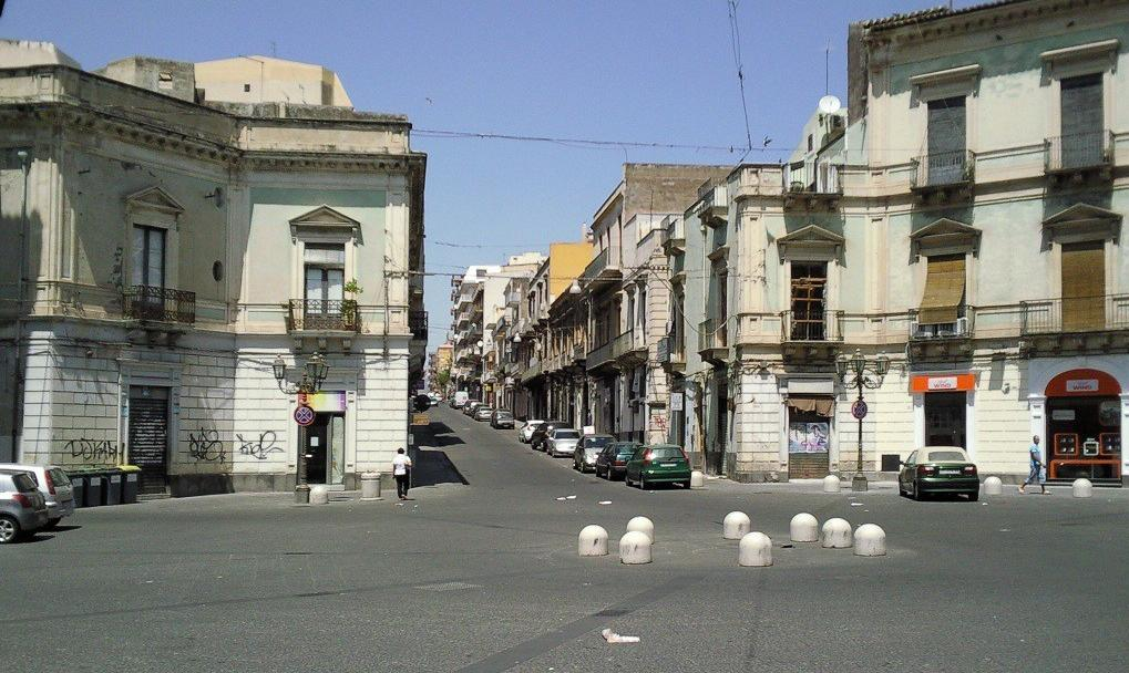 Ai Quattro Canti/Piazza Regina Margherita, Paternò (terradipaterno.it)