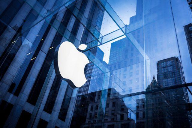 Apple: iPhone record vendite
