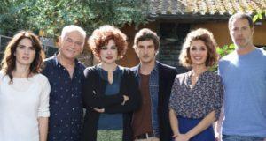 """La seconda stagione di """"Tutto può succedere"""" vince la serata degli ascolti tv e batte lo speciale """"Avanti un altro pure di sera"""" condotto da Paolo Bonolis che comunque si difende bene."""