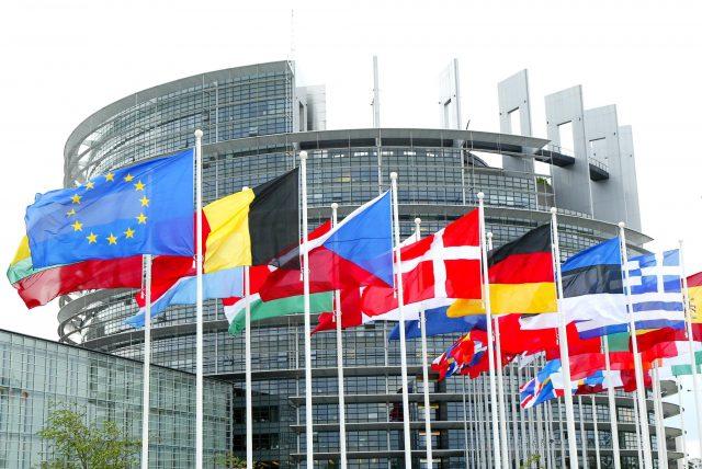parlamento europeo copyright internet web